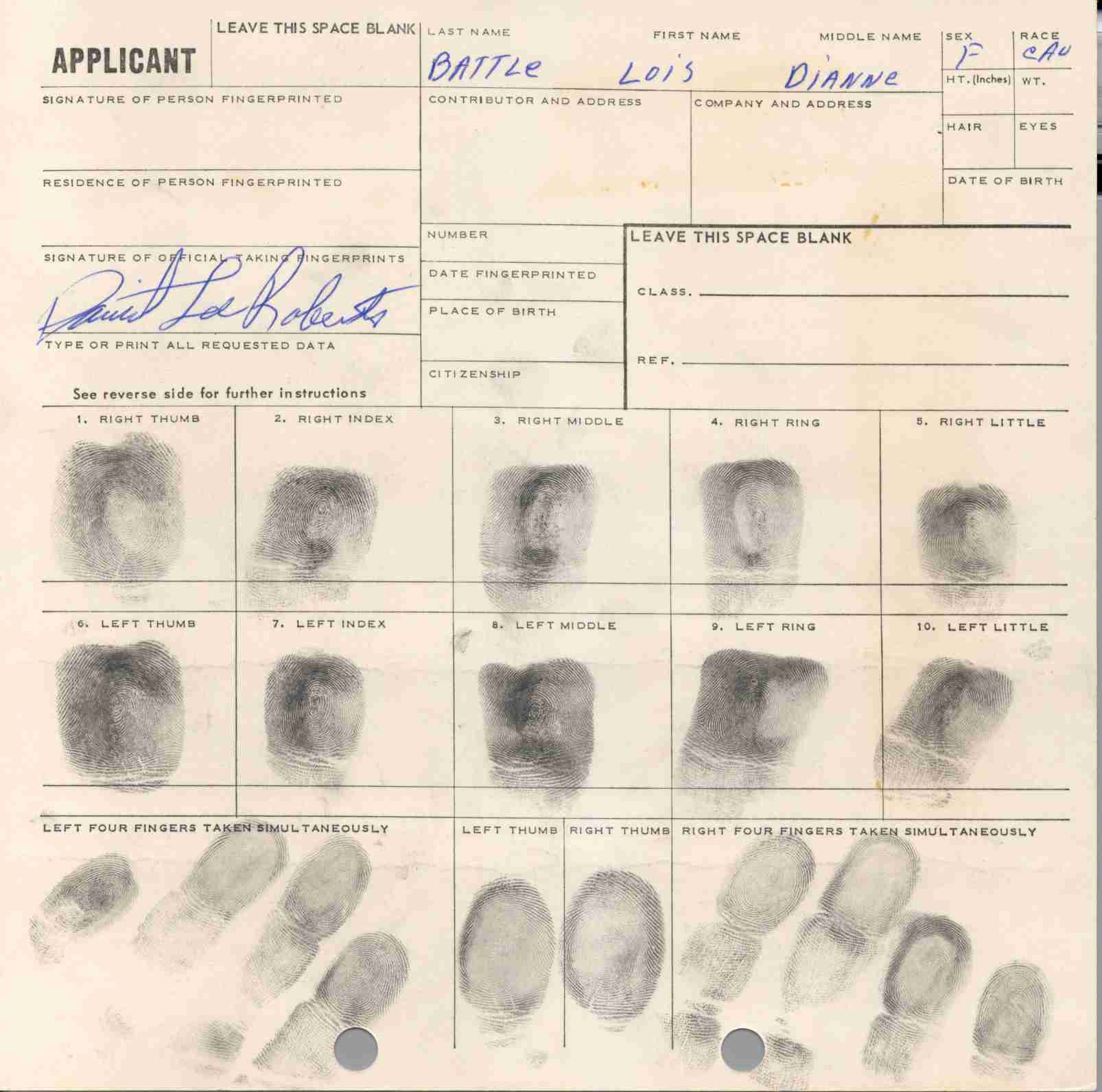 lois dianne battle fingerprint card.jpg