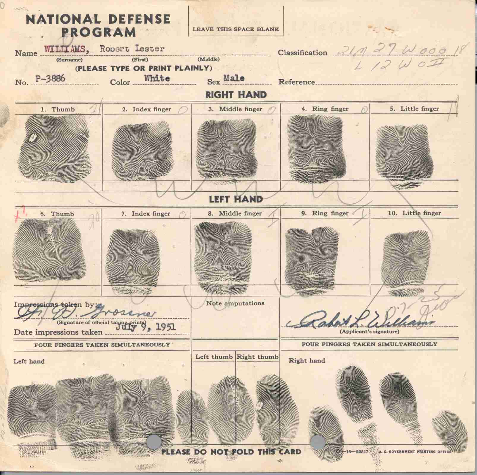 robert l williams fingerprint card.jpg
