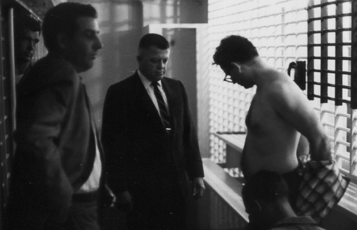 12James Earl Ray being searched 02.jpg