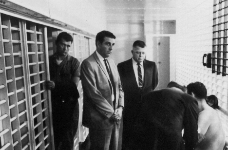 15James Earl Ray being searched 05.jpg