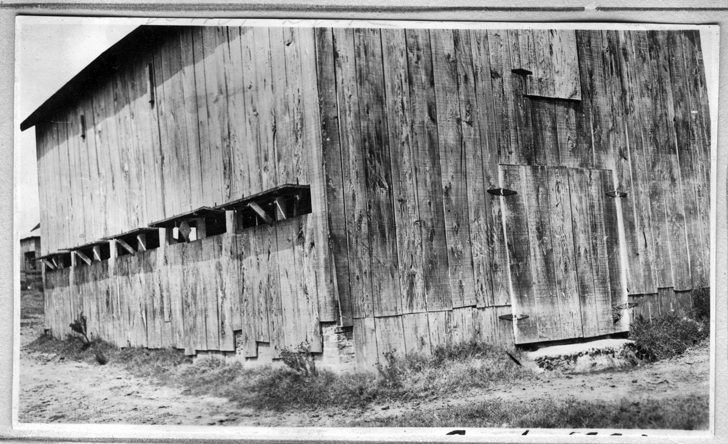 003~W. M. P. Droke Barn Aug 1920.jpg