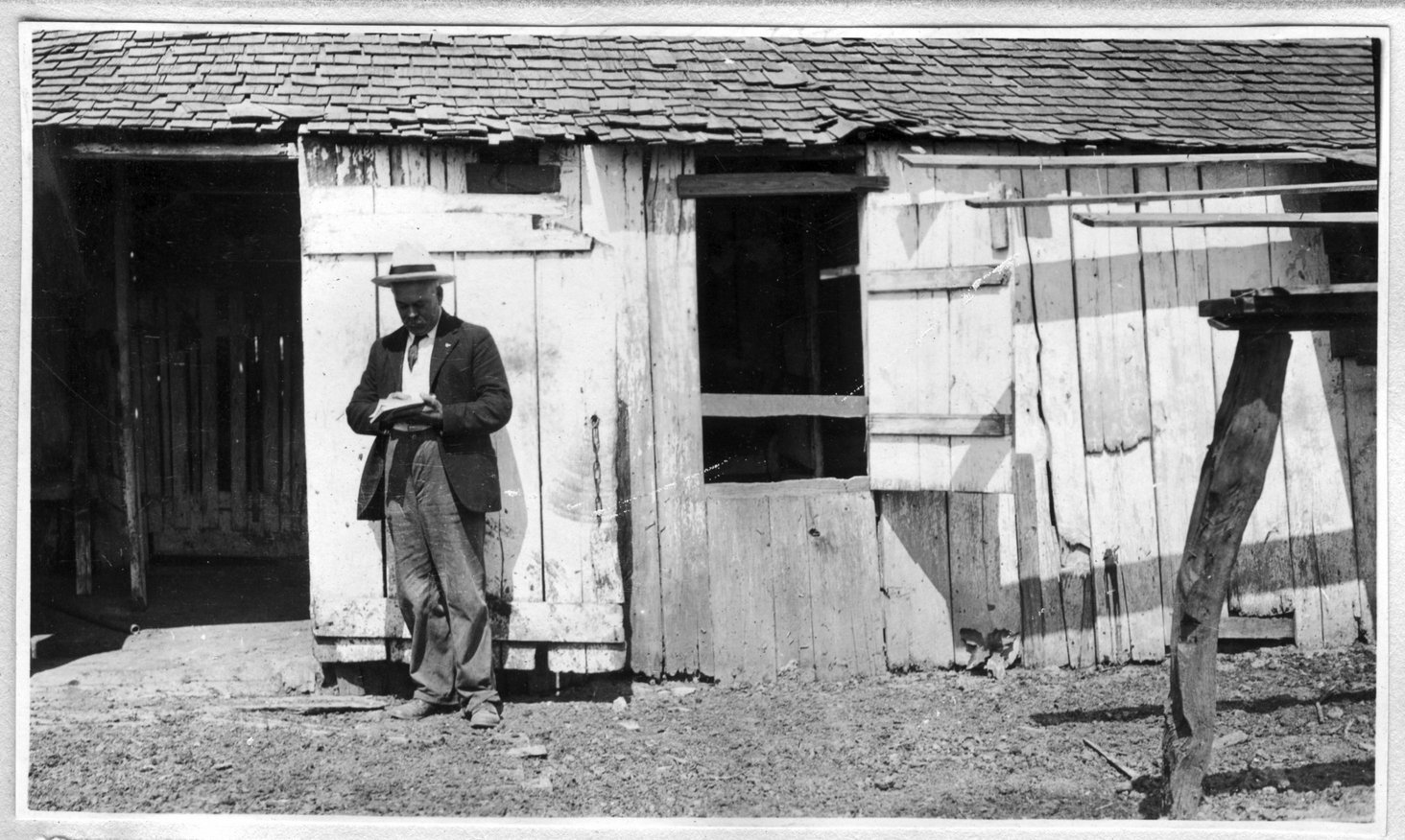 008~O. W. Meador Milk Barn Aug 1920.jpg