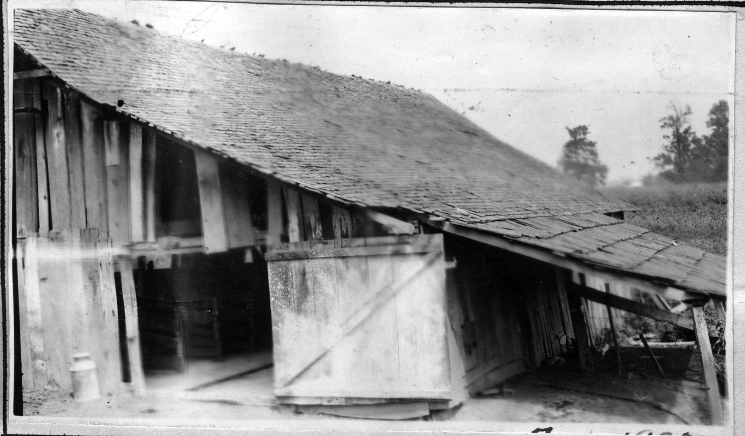 018~U. S. Dickson Barn Aug 1920.jpg