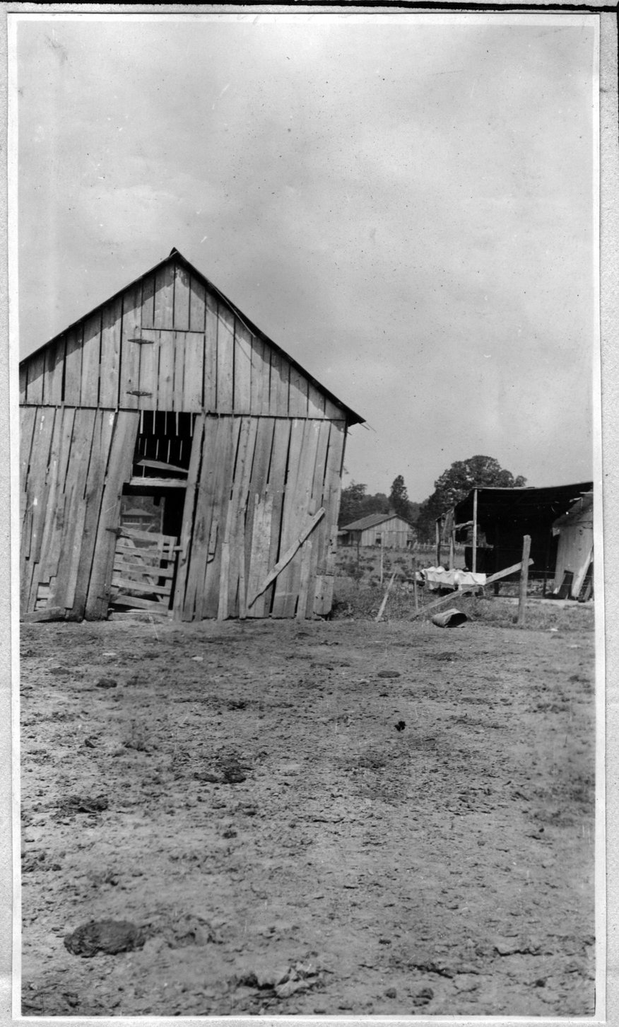 084~W. E. Norton Barn Aug 1920-1921.jpg