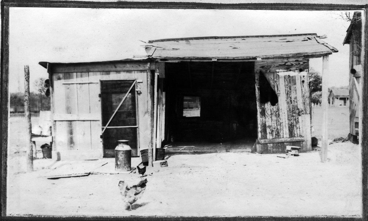 086~W. E. Norton New Milkhouse Apr 1921.jpg