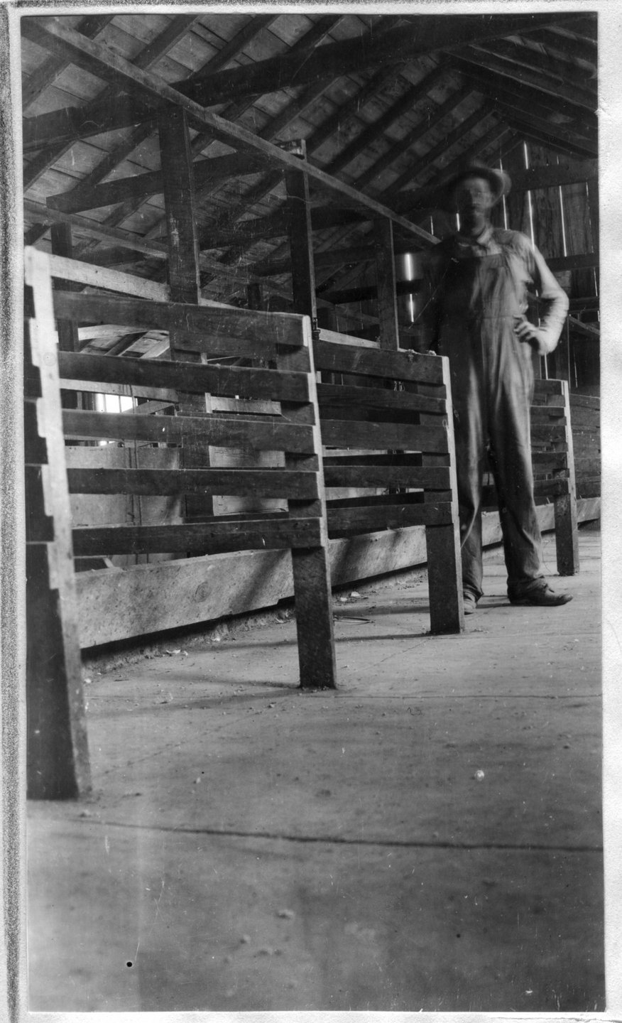 112~J. M. Nunnally Barn Interior Aug 1920.jpg