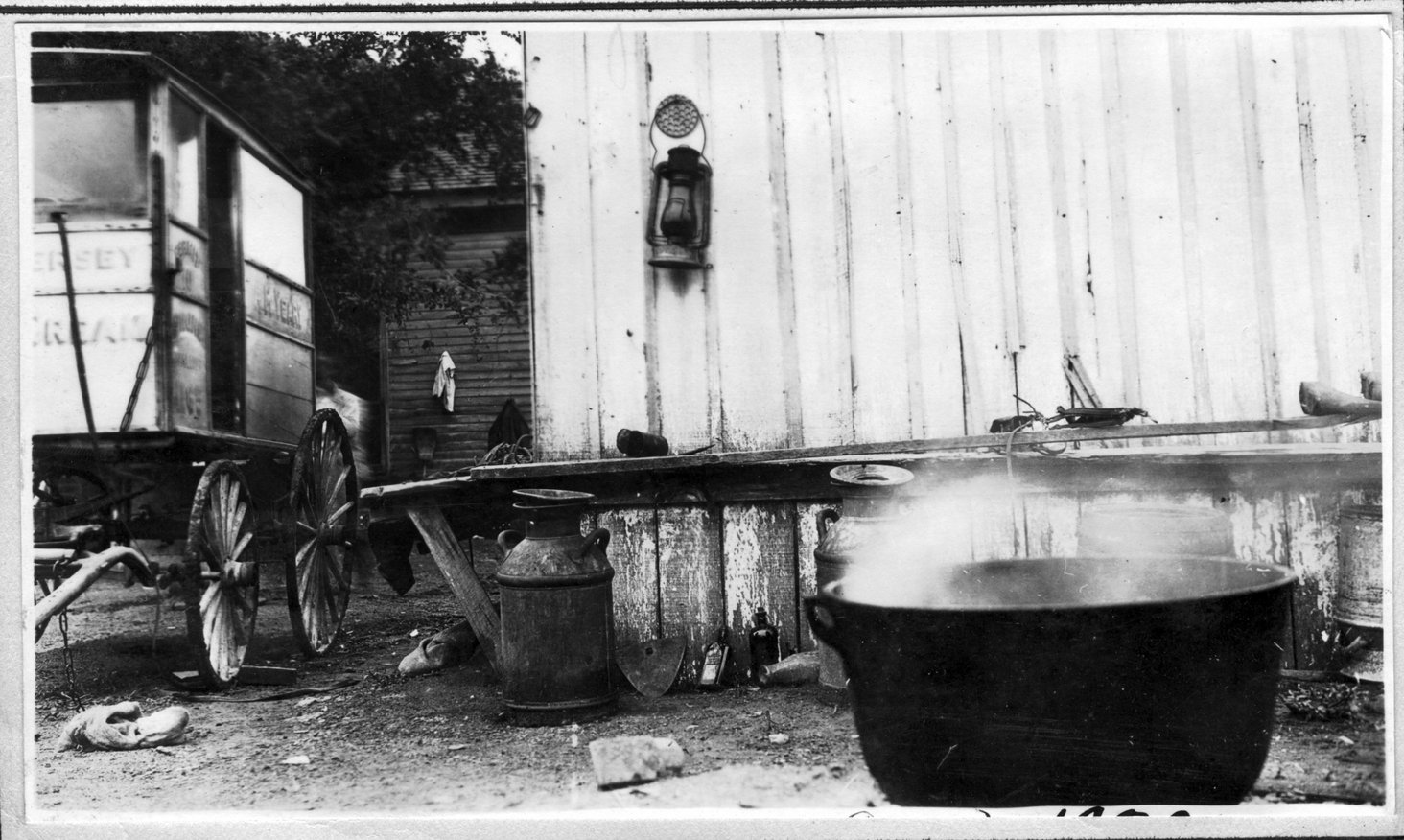 120~A. M. Yeary Milkhouse Aug 1920.jpg