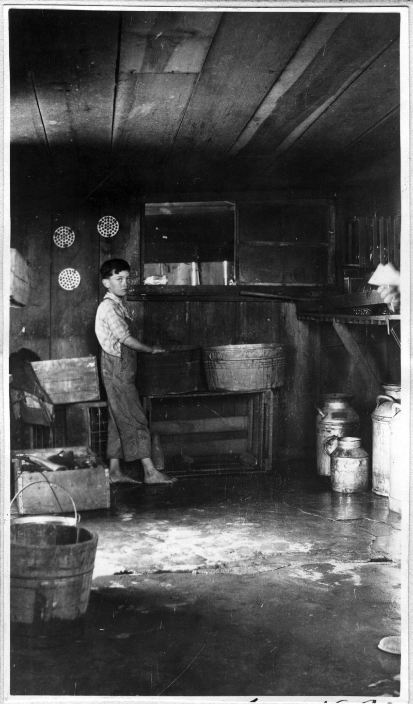 179~R. L. Jordan Milkhouse Interior Aug 1920.jpg