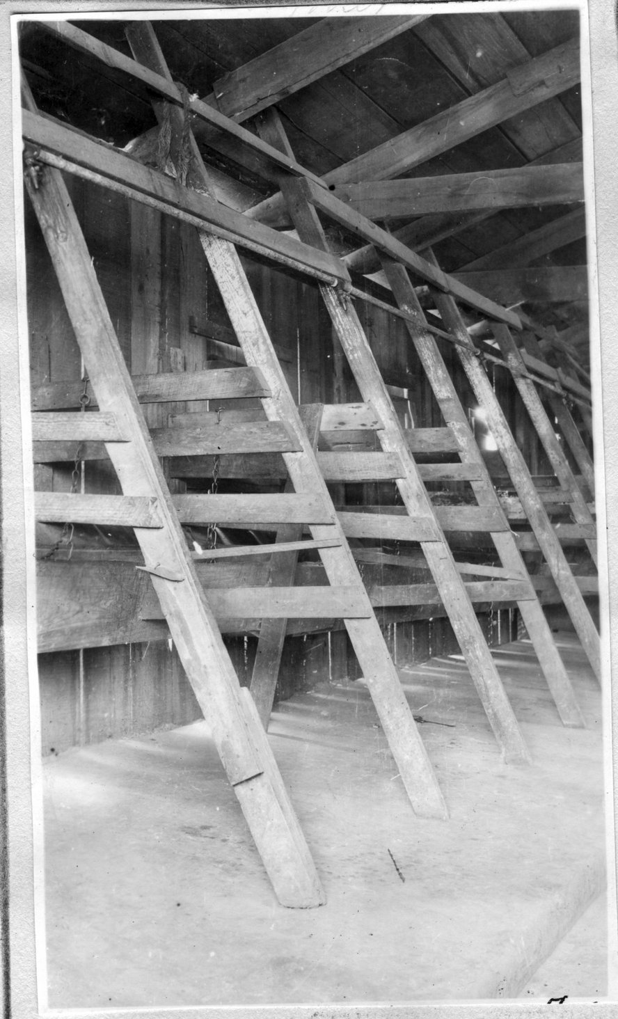 184~W. B. Rhymer Barn Interior.jpg