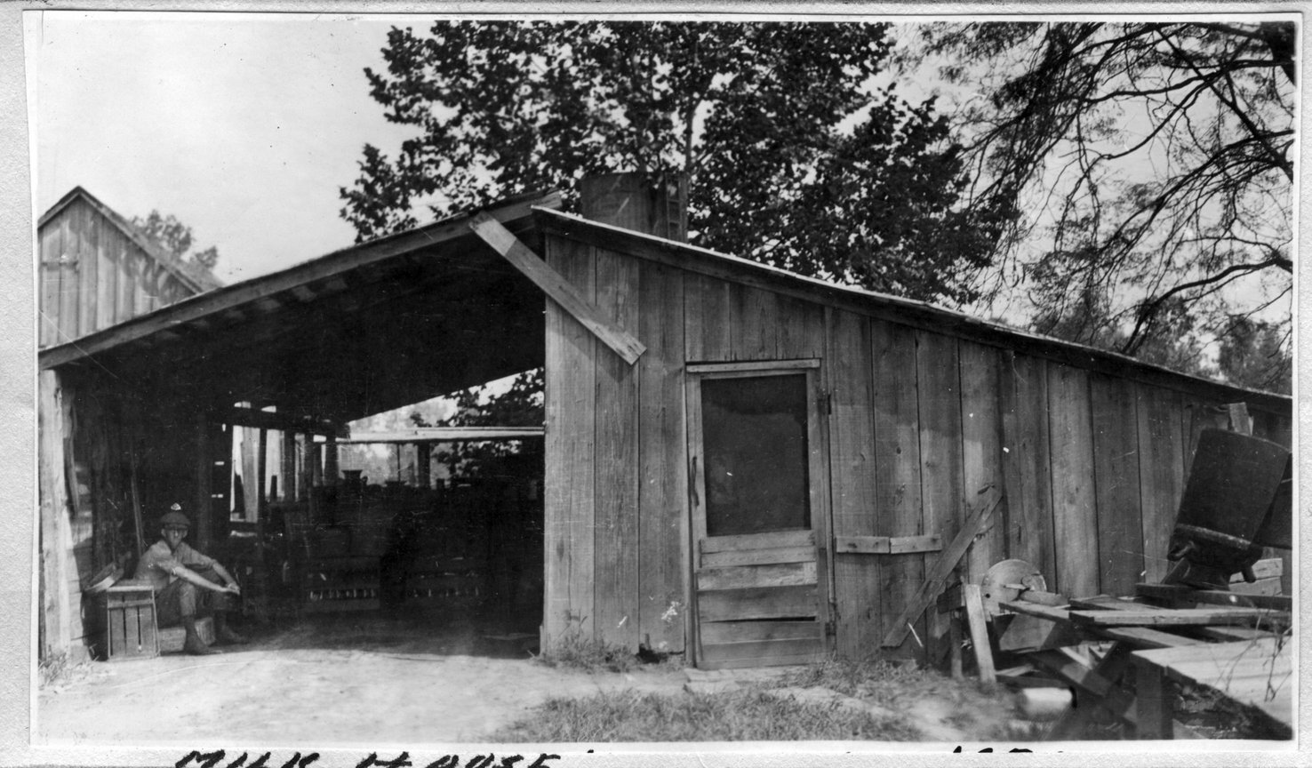 185~W. B. Rhymer Milkhouse Aug 1920.jpg